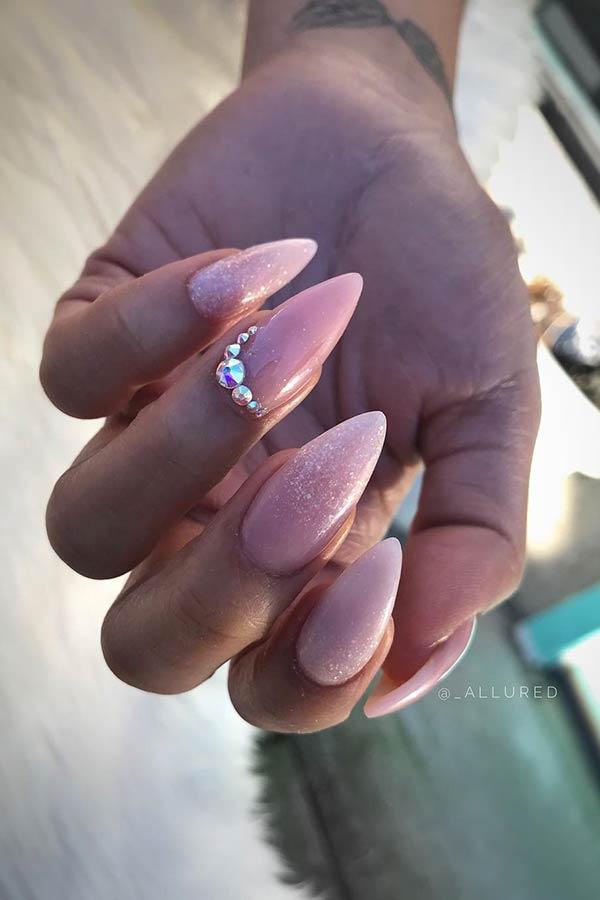 Elegant Sparkly Nails