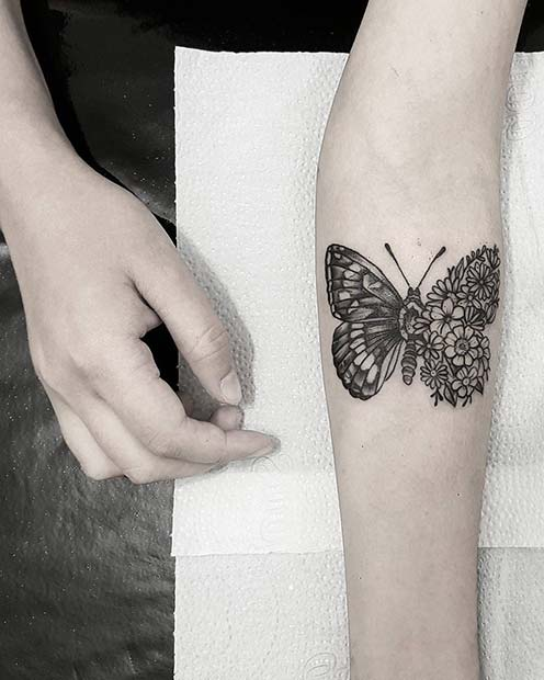 0d54badd1 41 Pretty Butterfly Tattoo Designs and Placement Ideas | StayGlam