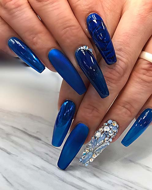 Beautiful Blue Nails