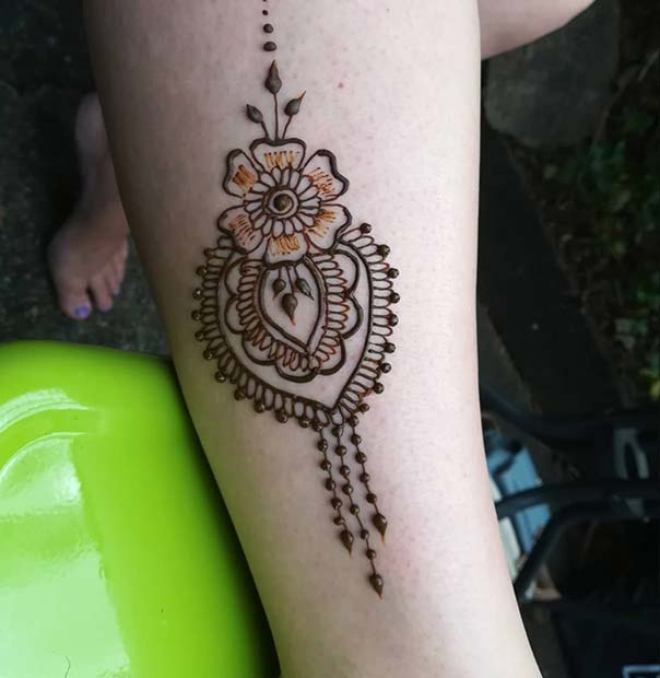 Beautiful Flower Henna Design
