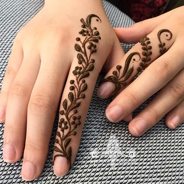 Botanical Henna Design for Hands