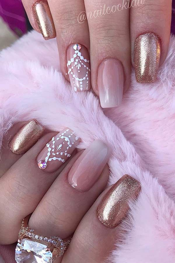 Elegant Ombre and Gold Nails