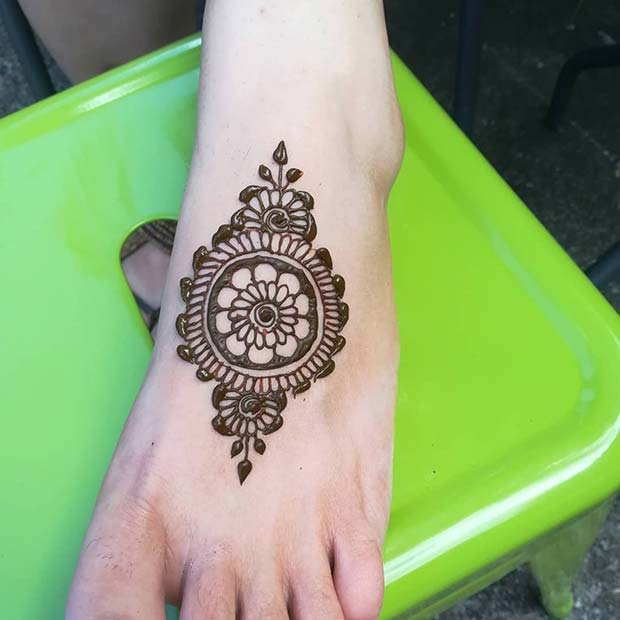 Simple Mandala Foot Design