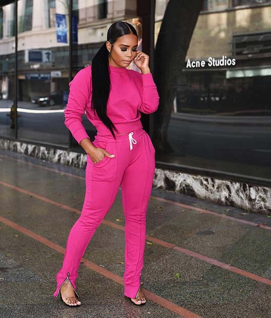 Relaxed Neon Pink Outfit Idea