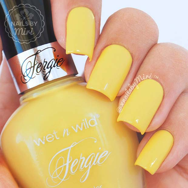 Simple Spring Yellow Nail Idea