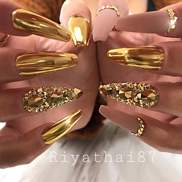Statement Gold Chrome and Matte Nails