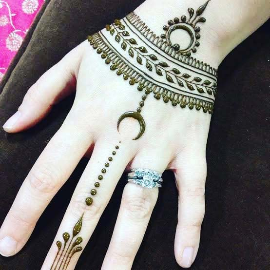 23 Simple Henna Designs That Are Easy To Draw Stayglam