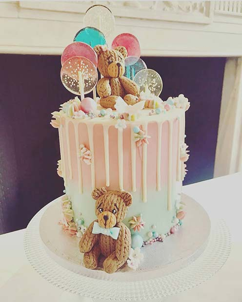 Cute Candy and Bear Cake Idea