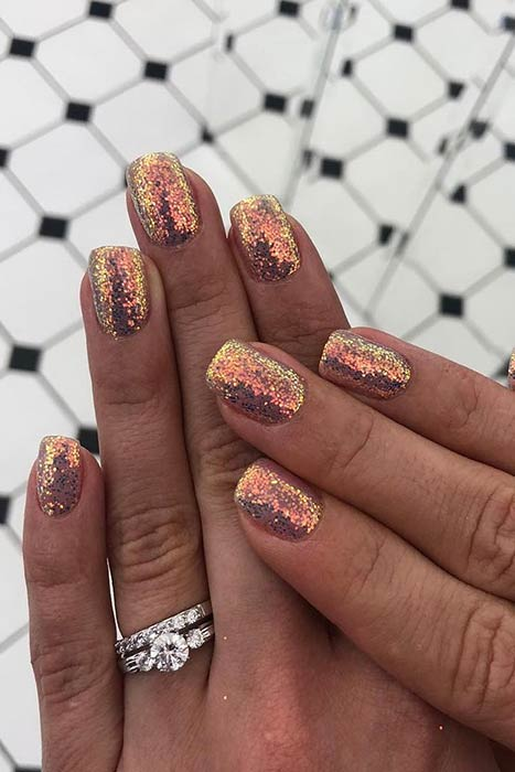 Simple Sparkly Gold Glitter Nails
