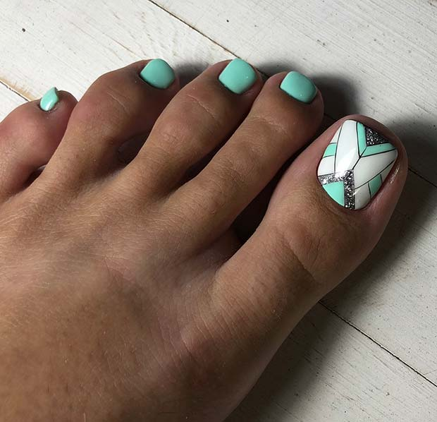 Mint Blue Toe Nails with a Stylish Accent Nail
