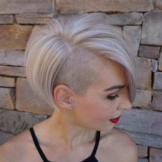 Chic Blonde Undercut