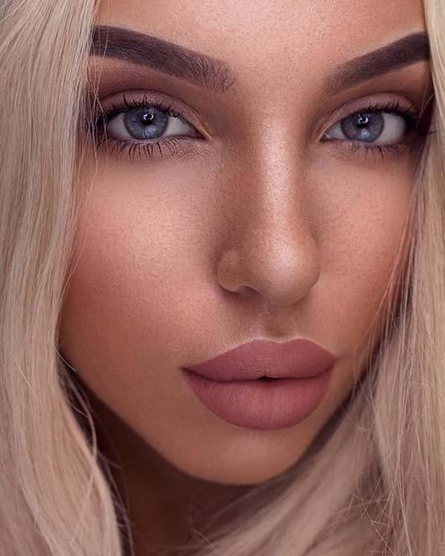 Chic and Glam Natural Makeup