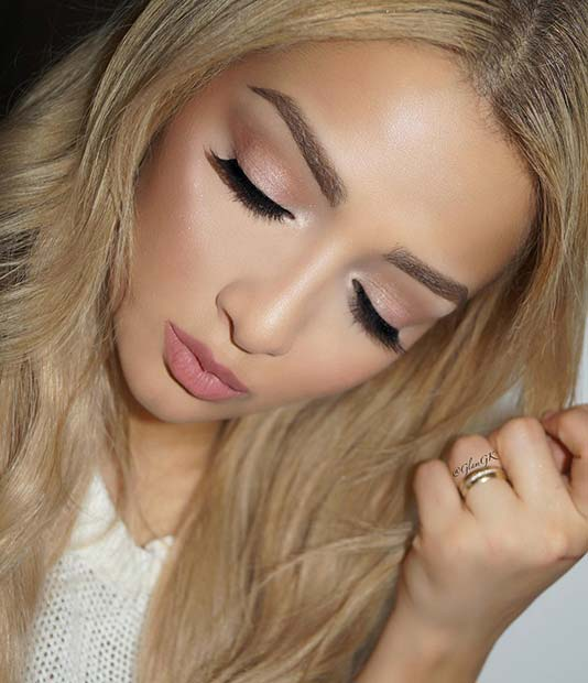 Chic and Soft Makeup