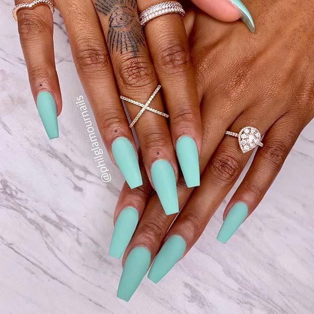 Beautiful Blue Nails