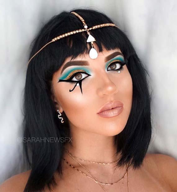 Classic Cleopatra Makeup Look