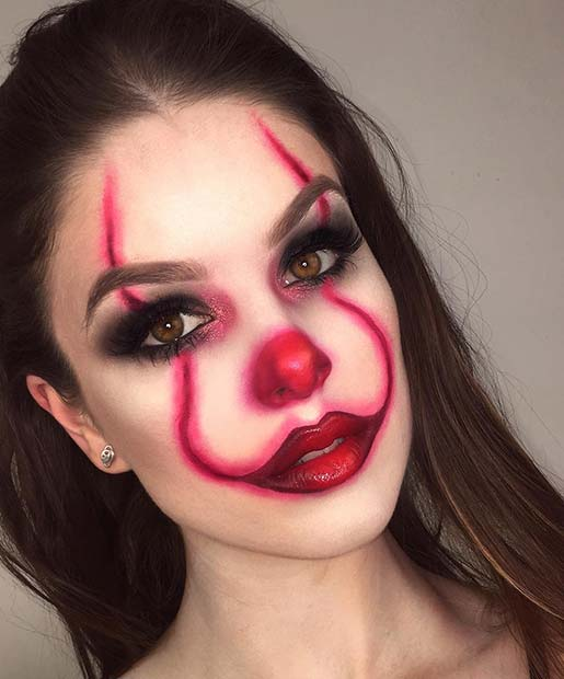 Classic Clown Design with Glam Eyes