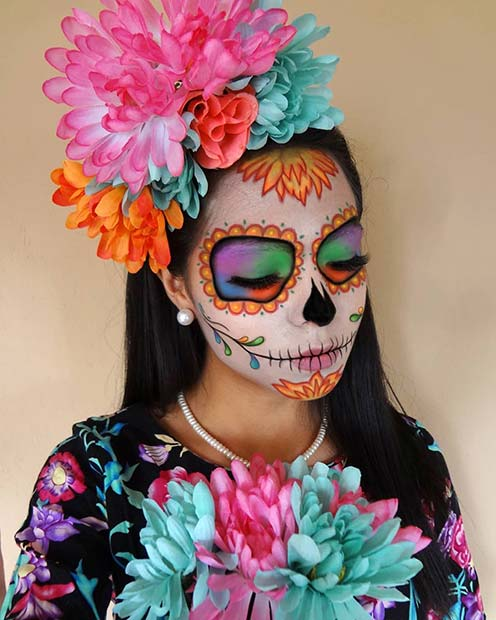 https://stayglam.com/wp-content/uploads/2019/09/Vibrant-Sugar-Skull-Makeup-1.jpg