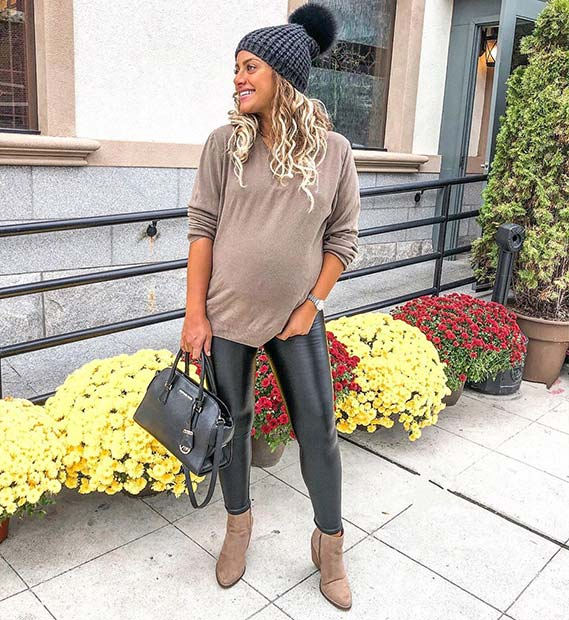 Fall Outfit Idea for Pregnant Women