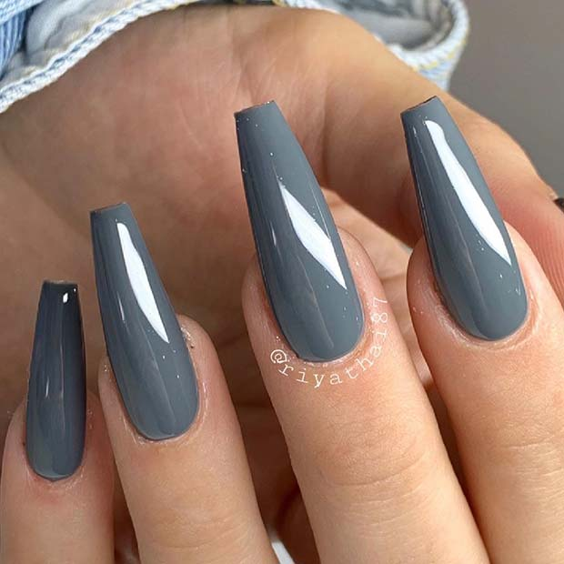 Stylish and Chic Grey Coffin Nails