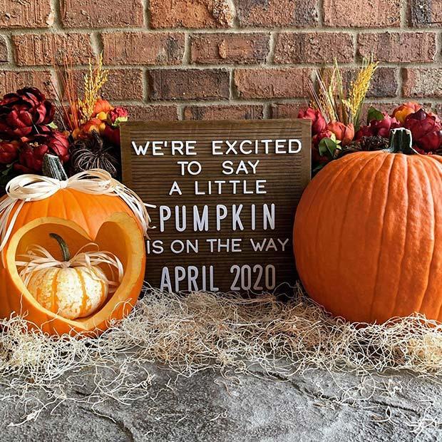 Adorable Pregnancy Pumpkin Reveal