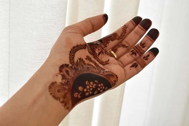 Beautiful Hand Henna