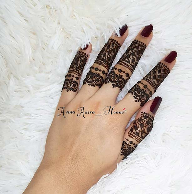 Beautiful Henna on the Fingers
