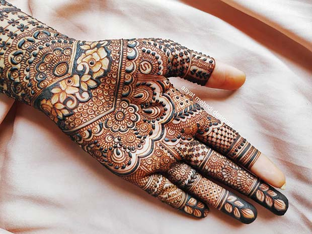 Elegant and Elaborate Henna Hand