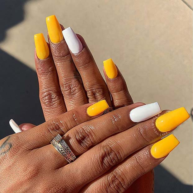 sunflower nails #AcrylicNailsChristmas #yellownails