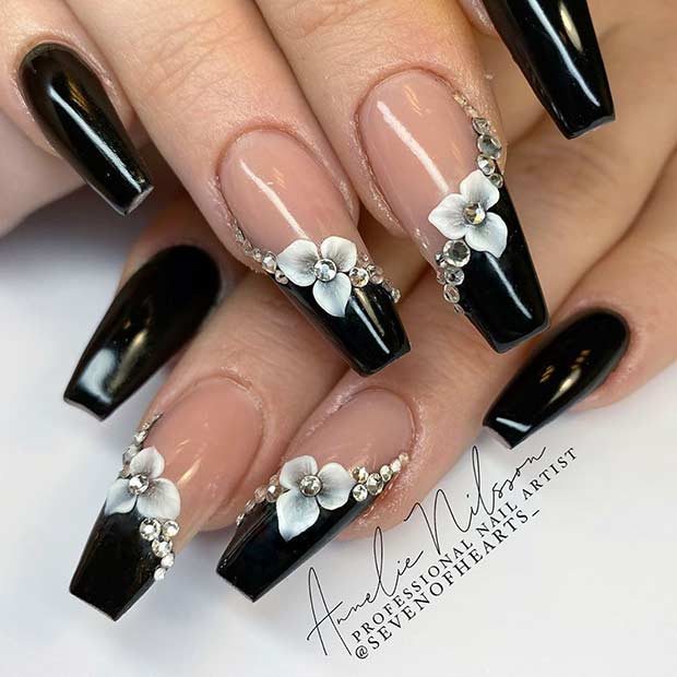 Elegant Flower Nail Art