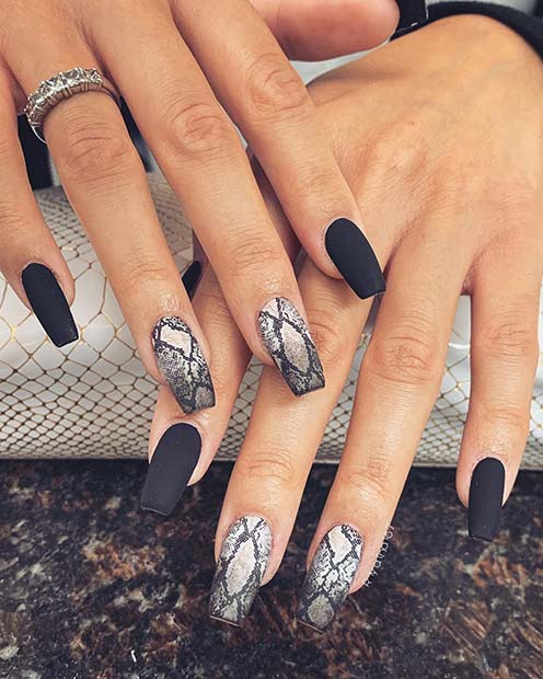 Stylish Snake Print Nails