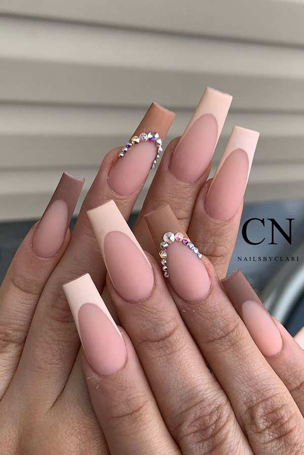 Elegant Nails with Matte Nude Tips