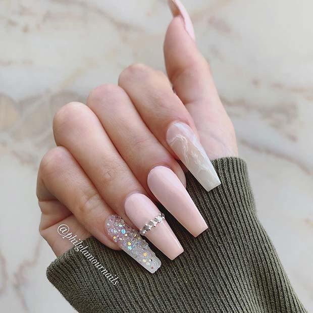 Light and Elegant Nail Idea