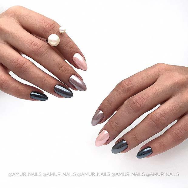 Trendy Short Chrome Nails