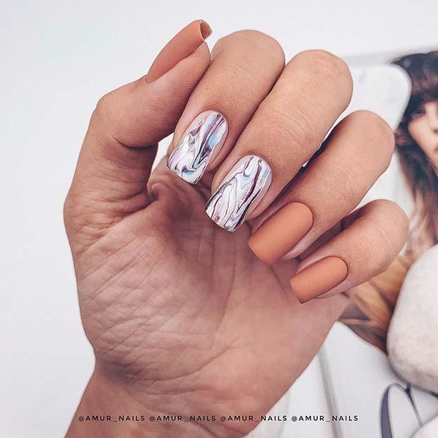 Trendy Marble Mani