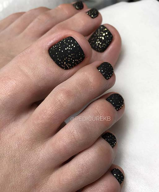 Black and Gold Toe Nail Design