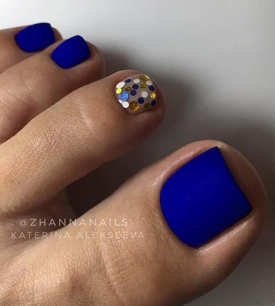 Bold Matte Toe Nails