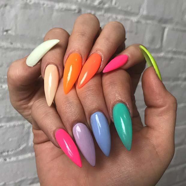 Çok Renkli Stiletto Çiviler