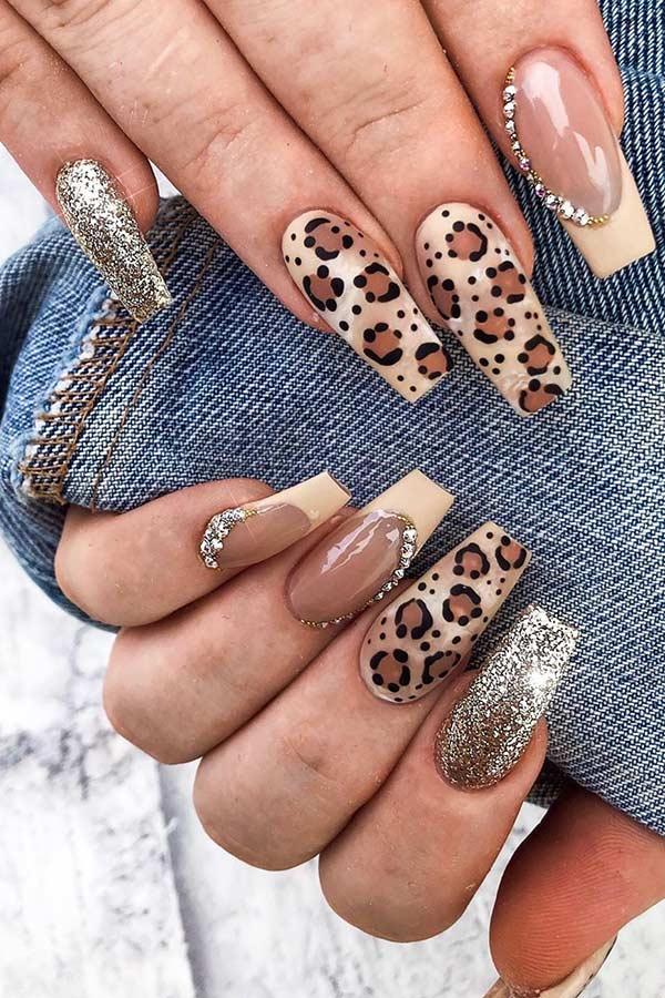 Glitter Leopard Nail Art Design