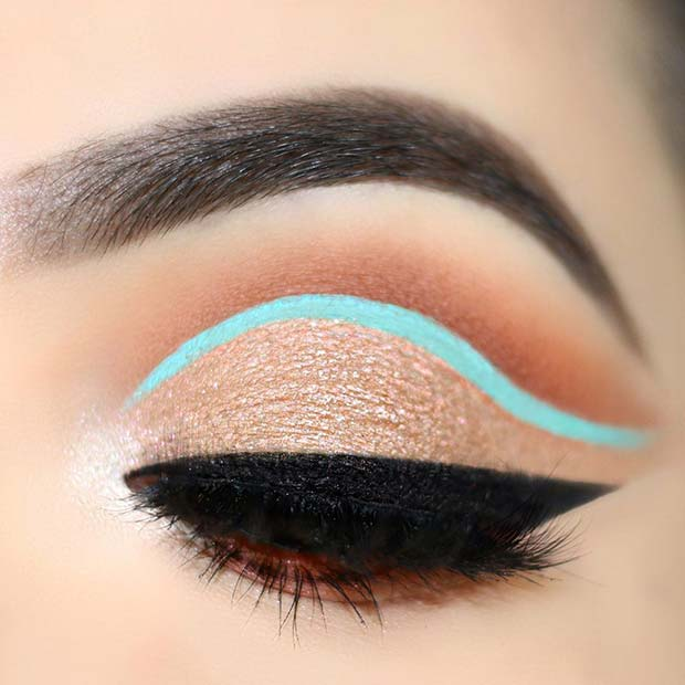 Nude Eyes with a Flash of Neon