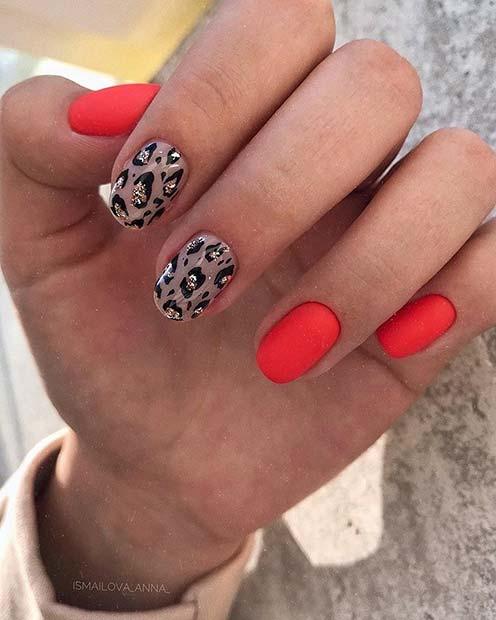 Pretty and Short Nail Idea