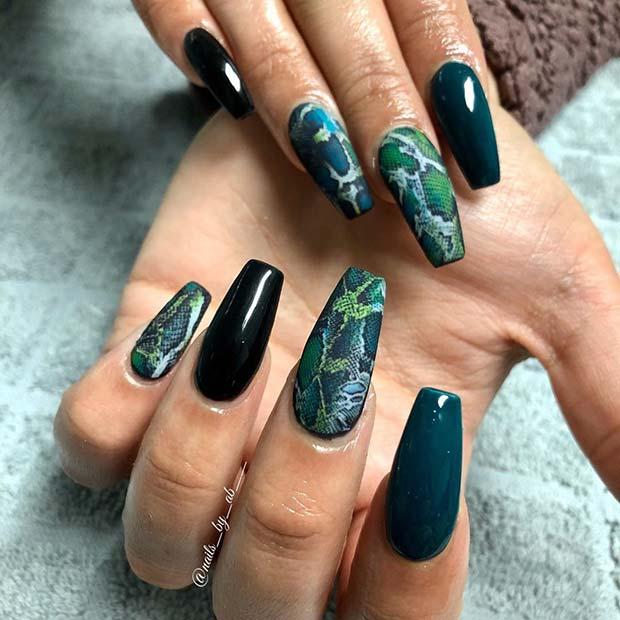 Wild Snake Print Nails