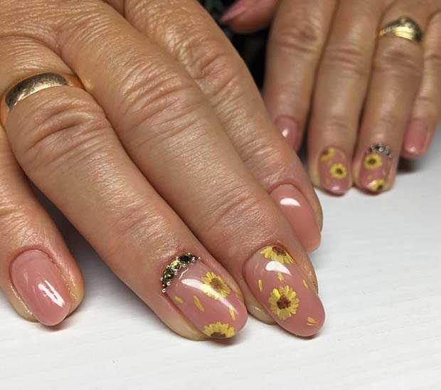 Delicate Sunflower Nail Art