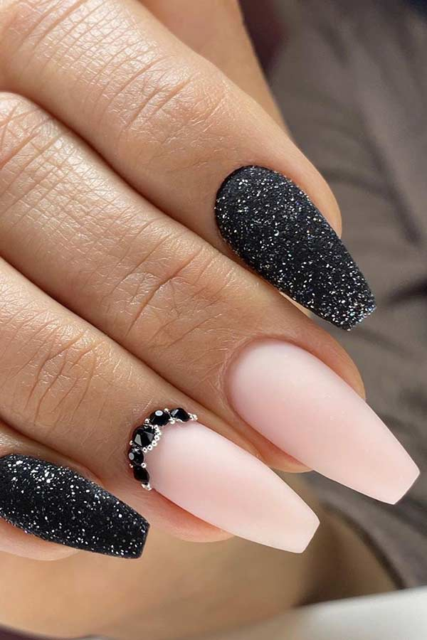 Elegant Coffin Nail Art Design