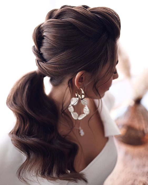 Gorgeous and Elegant Ponytail