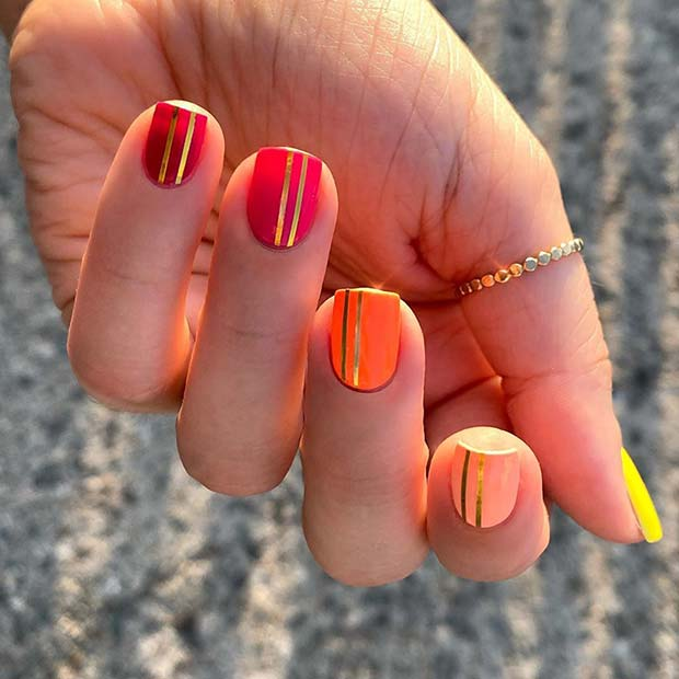 Gradient Nails with Gold Nail Tape