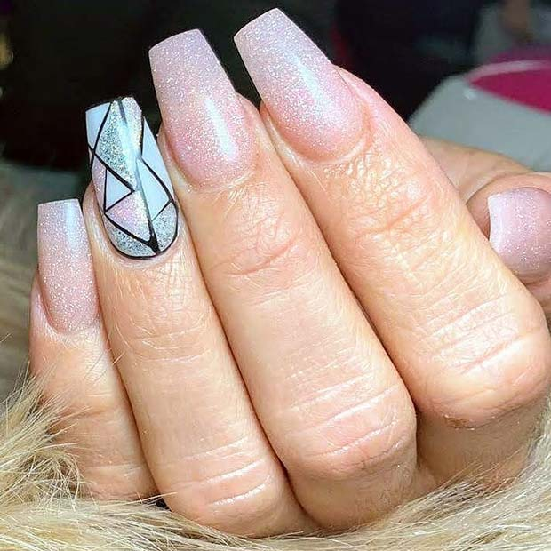 Light Nails with a Trendy Accent Nail