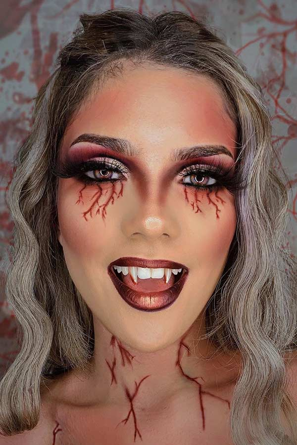 Glam Vampire Makeup Idea