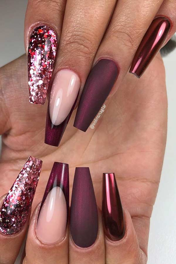 Maroon Coffin Nail Design for Fall