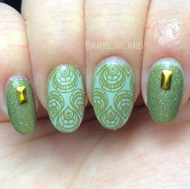 Stylish Patterned Short Nails