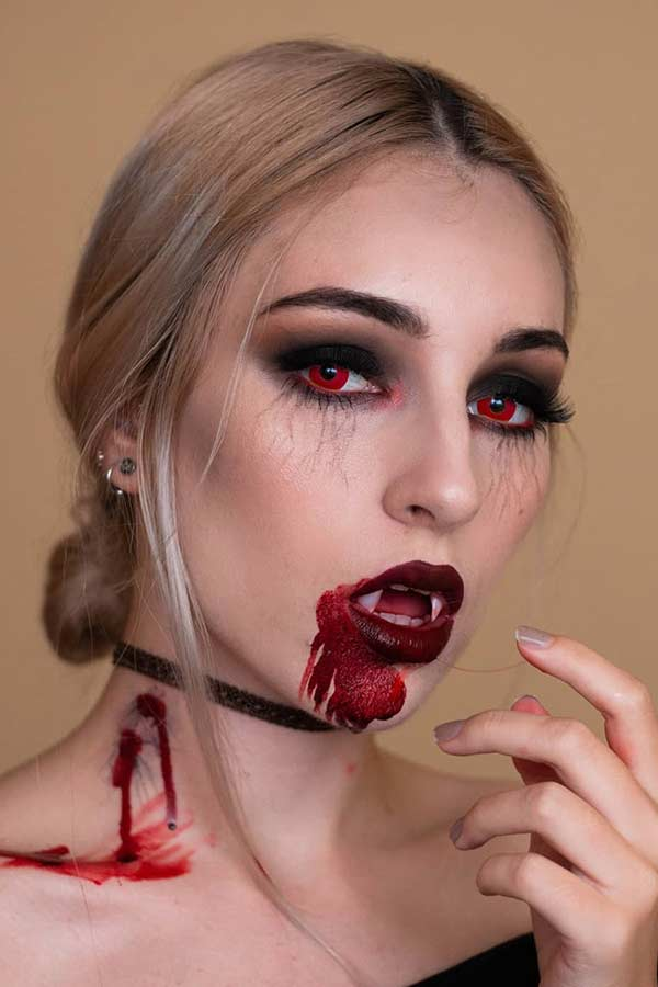 23 Vampire Makeup Ideas For Halloween 2020 Stayglam